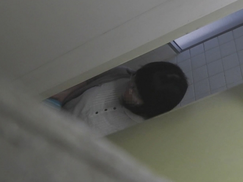 VIP配信している 命がけ潜伏洗面所!一部公開? サンプル 無料 動画 画像