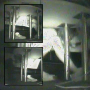 インターネットカフェの中で起こっている出来事 vol.005 サンプル 無料 動画 画像
