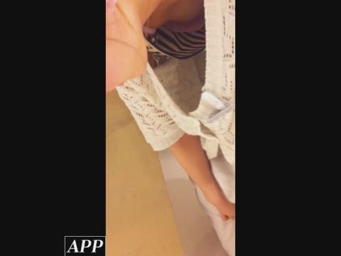 ハイビジョン盗撮!ショップ店員千人斬り!胸チラ編 vol.93 サンプル 無料 動画 画像