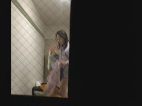女子大生の私生活をのぞく リアル盗撮vol.04 サンプル 無料 動画 画像