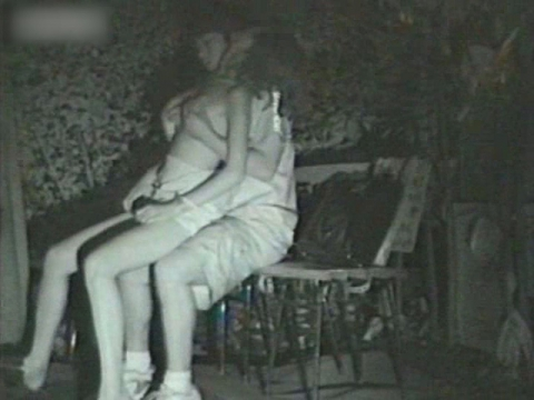 闇の仕掛け人無修正版 公園ベンチの熱愛カップル1 サンプル 無料 動画 画像