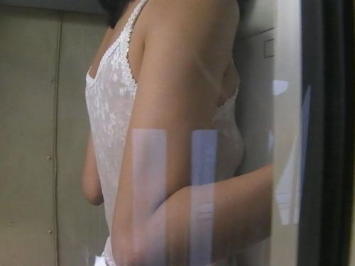検査技師が仕掛けたカメラに映った美人OLの肢体流出 サンプル 無料 盗撮動画 のぞき画像 隠し撮り